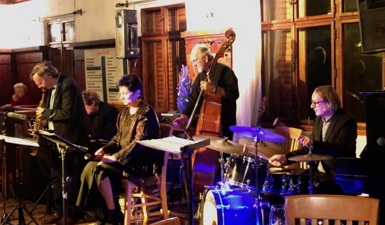 Weihnachtliches J A Q (Jimi U·Albert Mair·Quintett )